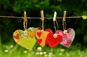 heart-1450300_1920.jpg
